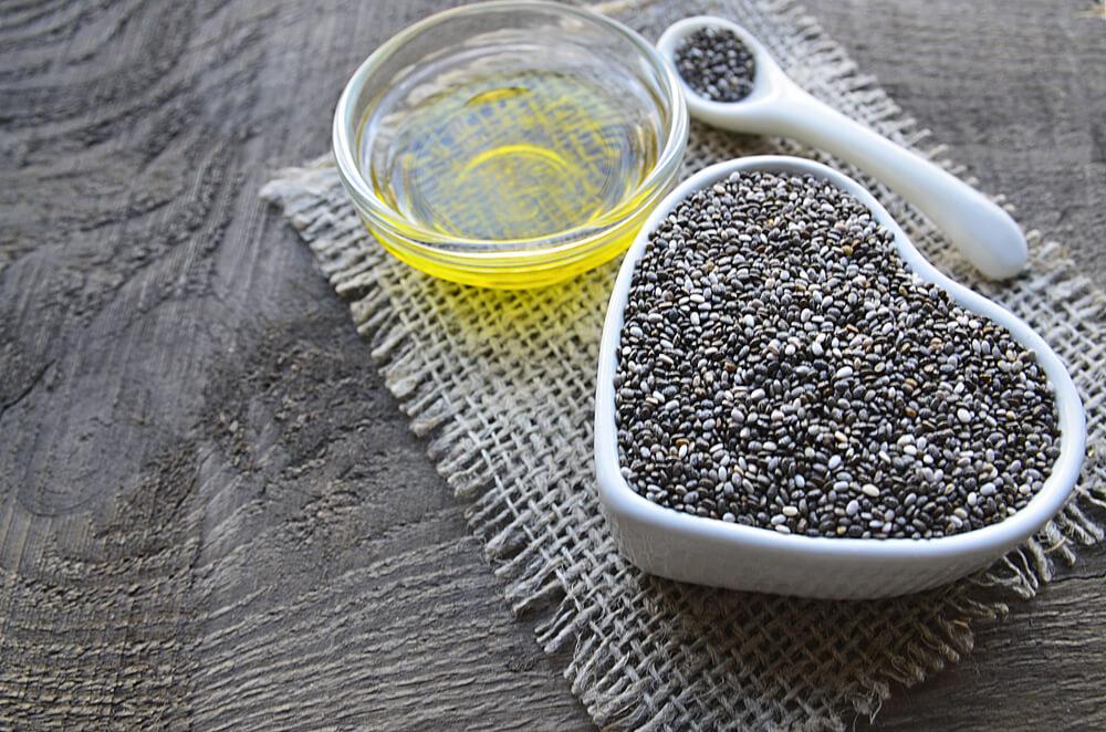 Chia Tohumu Yağının Faydaları ve Mutfakta Kullanımları